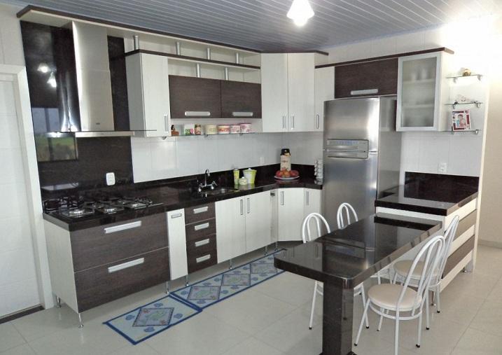 Cozinhas planejadas pequenas com bancada de granito  Decorando Casas # Cozinha Pequena Moldulada