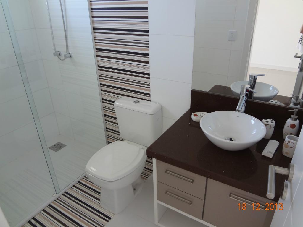 Revestimentos para banheiro eliane Decorando Casas #605047 1024x768 Banheiro Com Piso De Porcelanato Preto