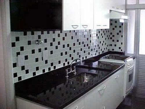 Balcão de cozinha de mármore – Fotos  Decorando Casas # Azulejo De Cozinha Preto E Branco