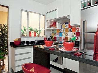 Como-decorar-cozinha-de-maneira-simples-e-barata