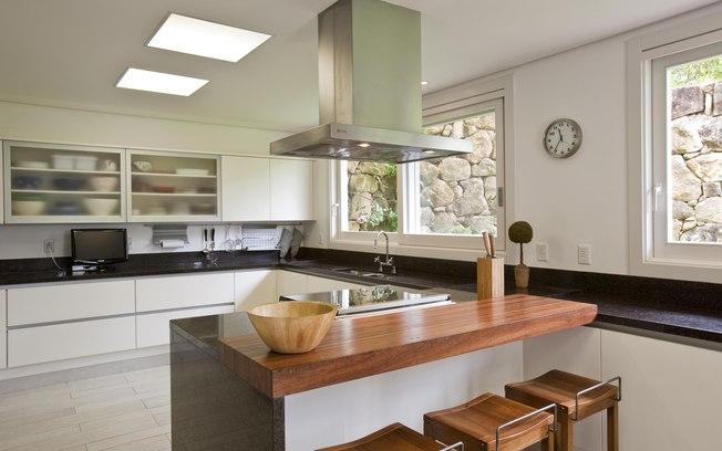 Balcão de cozinha de alvenaria  Decorando Casas # Bancada Para Cozinha De Alvenaria