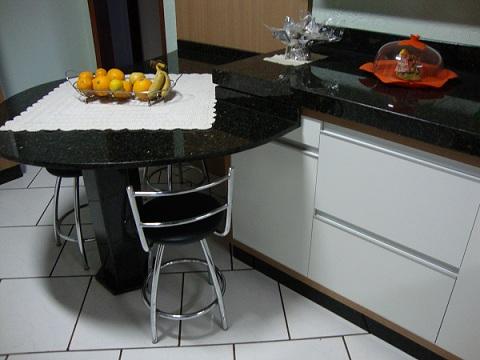 Pin mesas de granito cozinha on pinterest - Mesa de granito ...