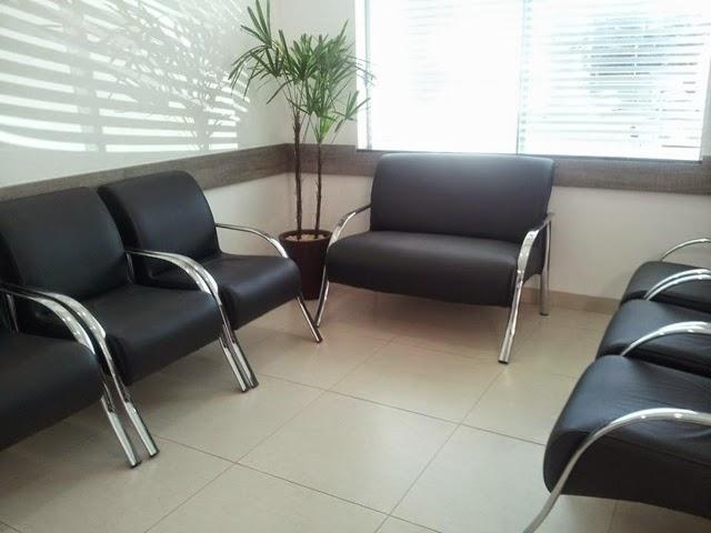 Poltronas-para-sala-de-espera-consultório
