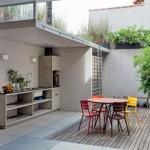 Área-externa-com-churrasqueira-e-jardim