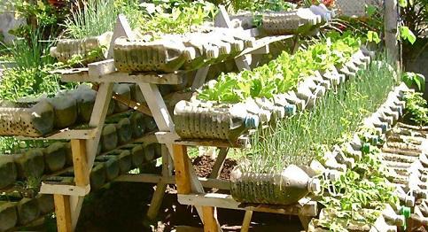 Como fazer um jardim com materiais reciclados-9