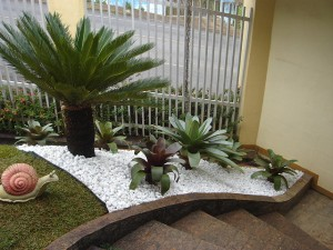 Como-fazer-um-jardim-com-pedrinhas