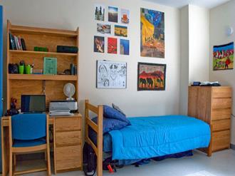 Como organizar quarto pequeno solteiro