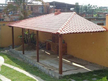 Garagem com telhado