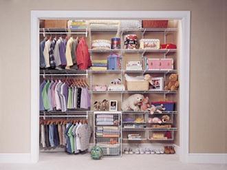 Como-organizar-guarda-roupa-de-bebe