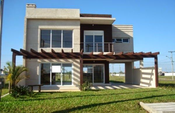 Fachadas de casas modernas com pergolado decorando casas for Casas modernas pintadas