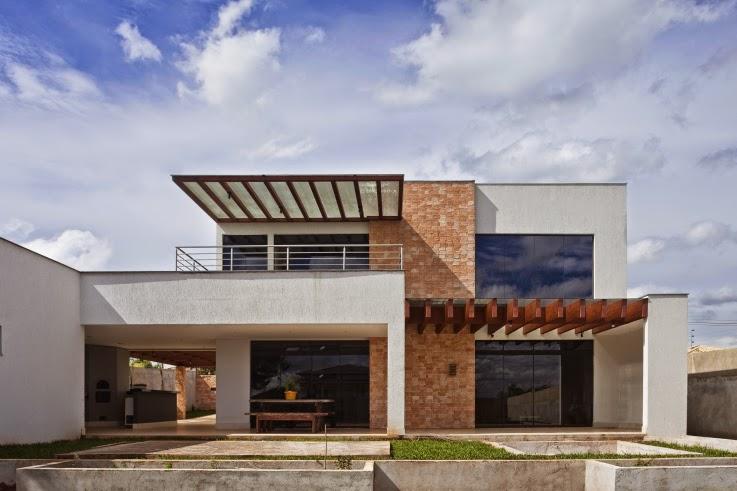 Fachadas de casas modernas com pergolado decorando casas for Fachadas casas modernas