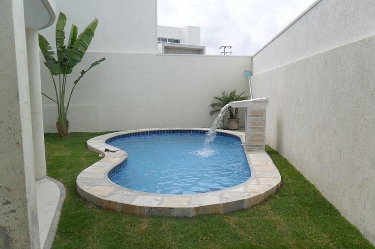 Imagens de casas com jardins e piscinas decorando casas for Modelos piscinas pequenas para casas