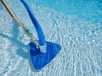 Dicas de como limpar a piscina