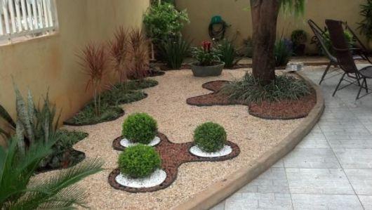 Como fazer um jardim no quintal cimentado  Decorando Casas