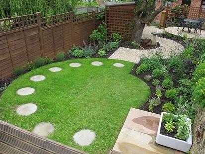 Como fazer um jardim simples no quintal