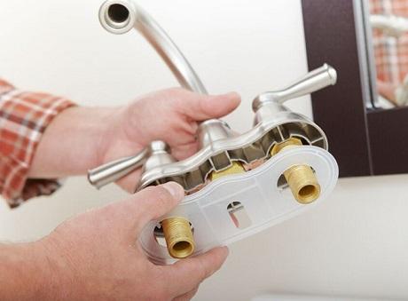 como-trocar-uma-torneira