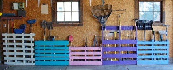 ideias para decorar meu jardim:DIY Garden Tool Rack