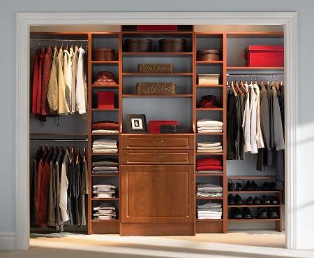 Closets pequenos e planejados