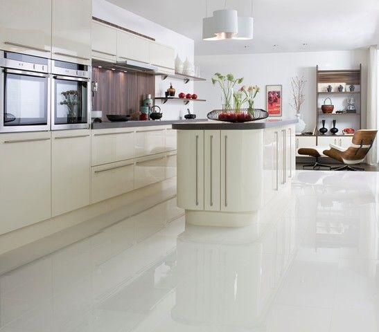 Cozinha-com-porcelanato-branco