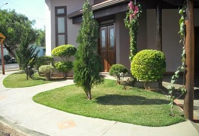 Imagens de casas com jardins