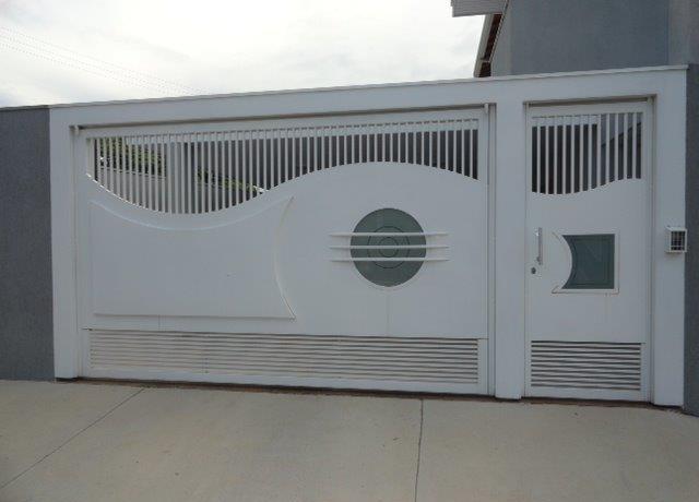 Portão de garagem automático
