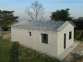 Estrutura-de-alumínio-para-telhado