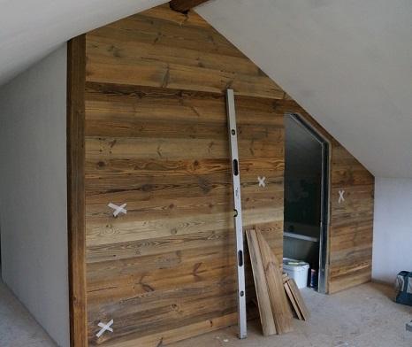 Como revestir parede com madeira