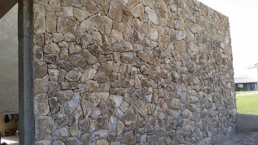 Pedras-decorativas-para-parede-externa