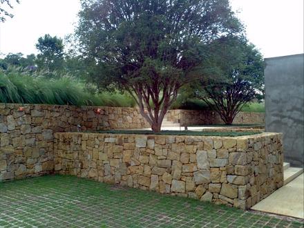 Pedras para muro de contenção