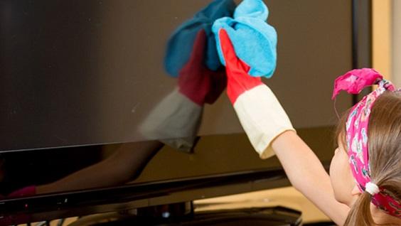 Como limpar a tela da TV