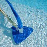 Como-aspirar-piscina-passo-a-passo
