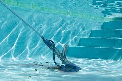 Limpeza de piscina passo a passo