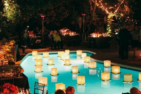 Como fazer velas flutuantes para piscina