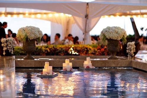 Decoração-para-piscina-com-velas