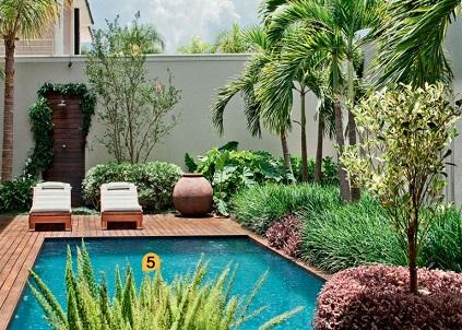 Decoração-para-piscina-e-jardim