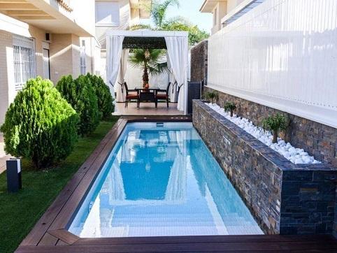 Piscina residencial paisagismo decorando casas for Como hacer una piscina pequena en casa